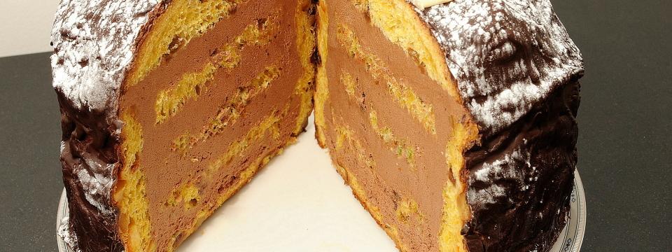 Panettone farcito cioccolato e rhum (L. Montersino)