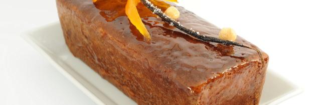 Plum cake arancia e pralinato (W. Curley)